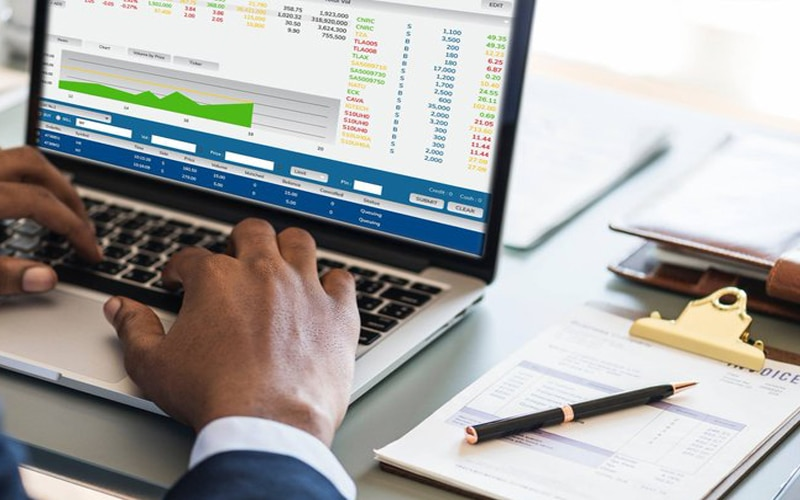 Here Is A Guide To Becoming A Pro Forex Trader