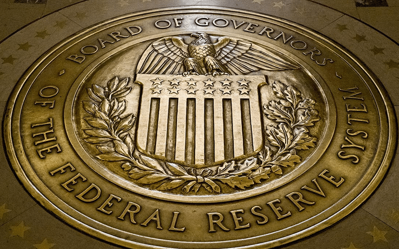 Fed Extends Restrictions on Share Buybacks and Caps on Big Banks' Dividends