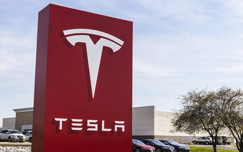 Tesla Q3 Earnings Rise. Company Sticks to Volume Targets