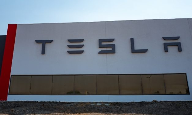 Tesla Plans to Manufacture Electric Car Chargers in China
