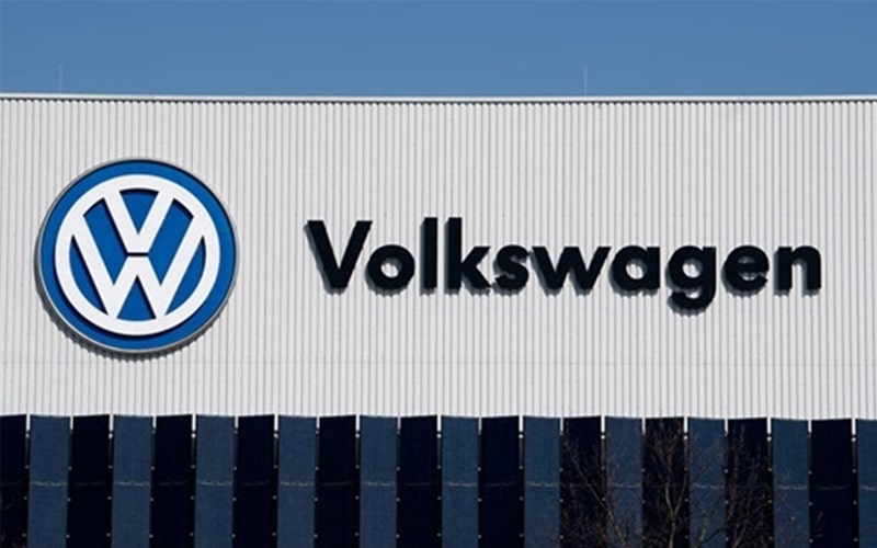 Volkswagen's Unit TRATON Set to acquire all Shares of Navistar for $3.7 Billion