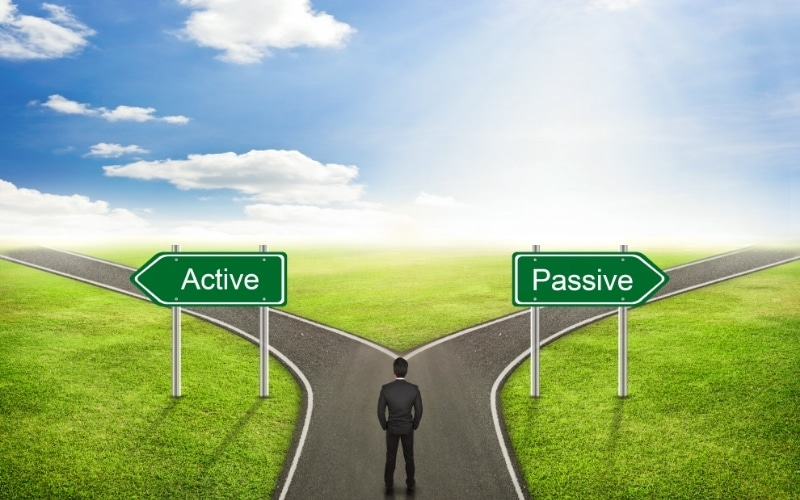 Trader's Strategy Differences in Active and Passive Investing
