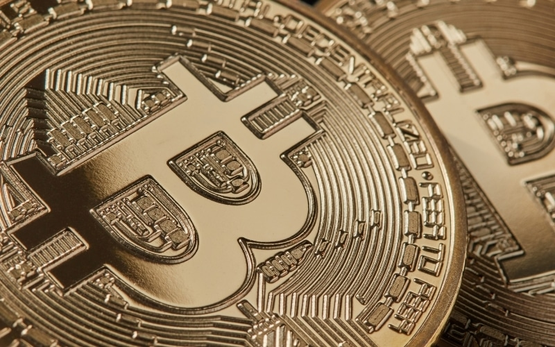 Bitcoin Plunges the Biggest Since March, Sheds Fears in Crypto Boom