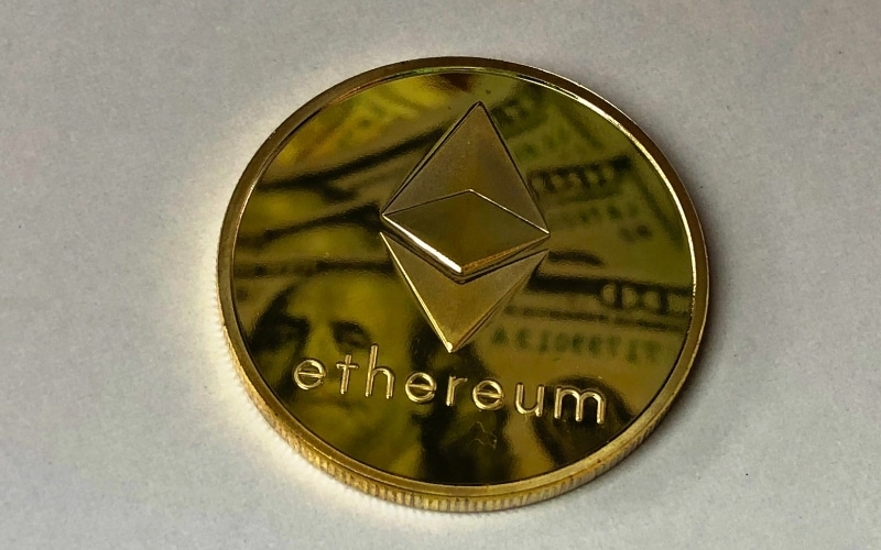 Ethereum Headed for Further Upside after Bears Fail to Break Below $900