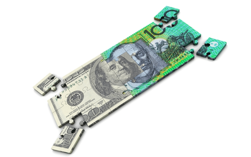 AUD/USD Slides to One-Month Lows as EUR/USD Weakness Persists, and Gold Remains on the Defensive