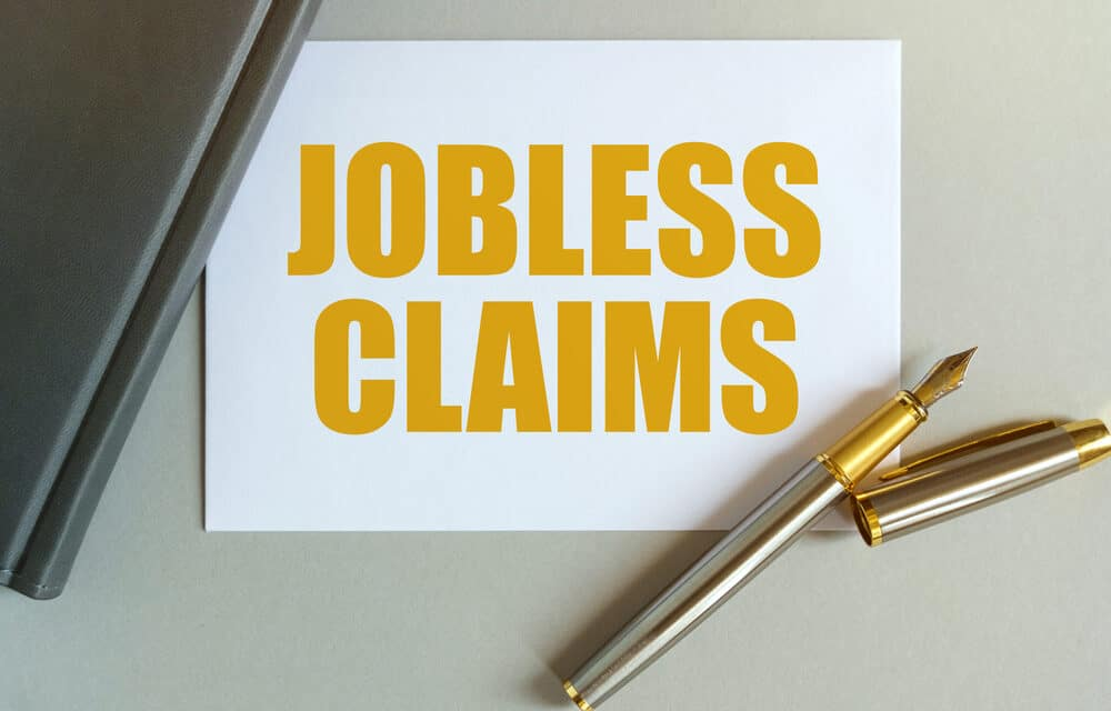 U.S.'s Jobless Claims Monthly Moving Average Declines by 8,000 to Stand at 395,000