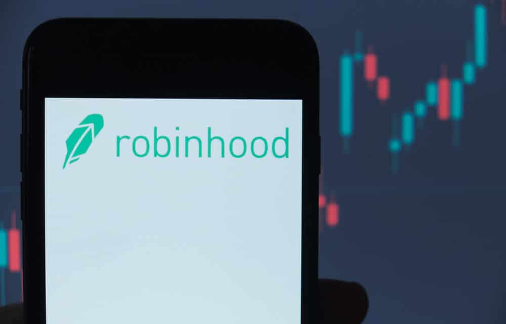 Robinhood IPO Prices at Low-End Expectations, $38 per Share, Pegging Valuation at $32 billion