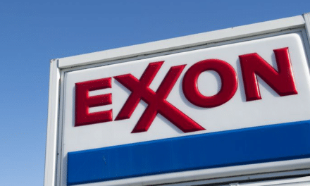 Oil and Gas Giant Exxon Mulls Net-Zero Commitment By 2050