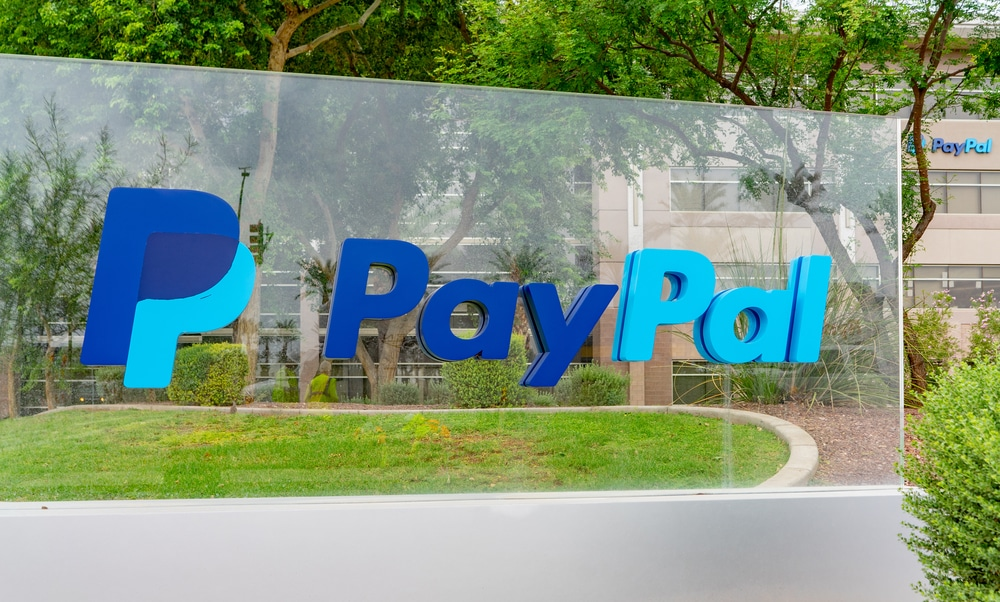 PayPal Mulls Launching a Stock-Trading Service for U.S. Users