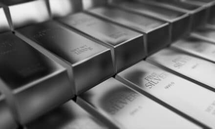 Silver Futures Regain Slightly as Market Weathers Tapering Fears