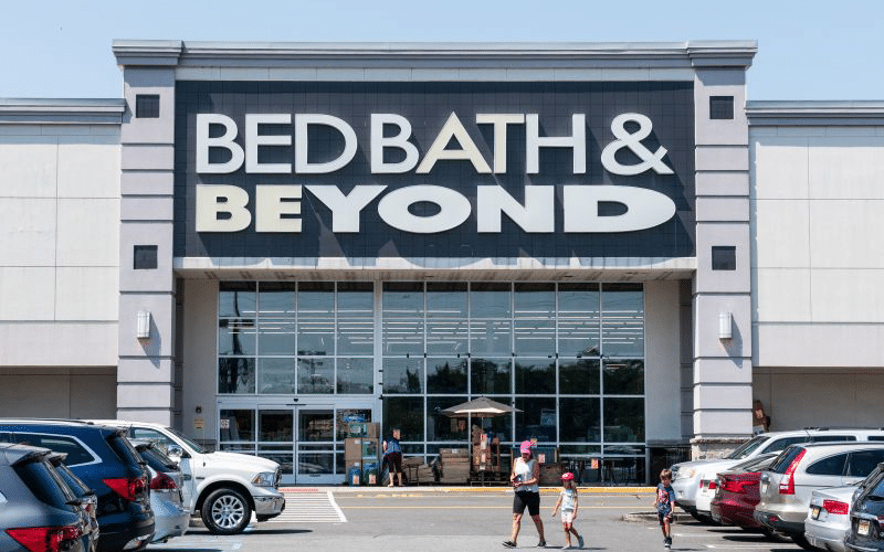 Bed Bath & Beyond Posts Loss in Q2 as Sales Down Double Digits