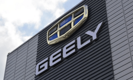 Chinese Automaker Geely Ventures Into High-End Smartphone Business
